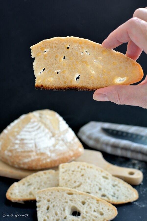 Hei, cum stați cu maiaua naturală? E gata, începem să facem pâine împreună? :)    După ce am obținut maiaua naturală cultivată de mine de la zero, mi-am dat zis în sinea mea că greul abia începe.