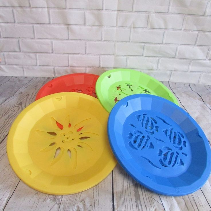 Paper Plate Holders Colored Plastic Cut Out Shapes Picnic BBQ Camping Set of 13 #Unbranded