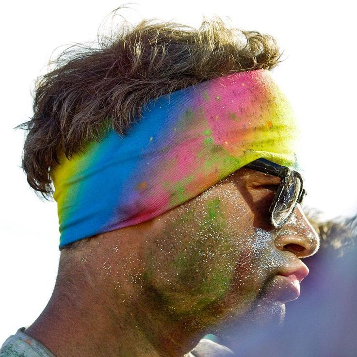 VickyFlipFlopTravels » UK Travel Blogger Who Loves Festivals and TravelFestival Face Paint, Tattoos, Glow Paint, Glitter and Garlands
