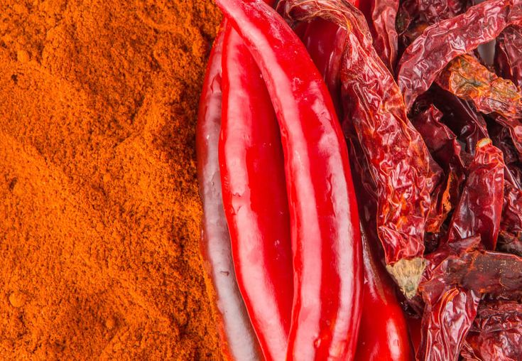 Origin of Cayenne Pepper Cayenne pepper (Capsicum annuum) is a specific type of chili pepper popular for both its spiciness and its multitude of health benefits. This pepper originated in French Guiana off the northeast coast of South America. A member of the nightshade family and cousin to bell peppers, paprika and jalapeños, cayenne peppers …