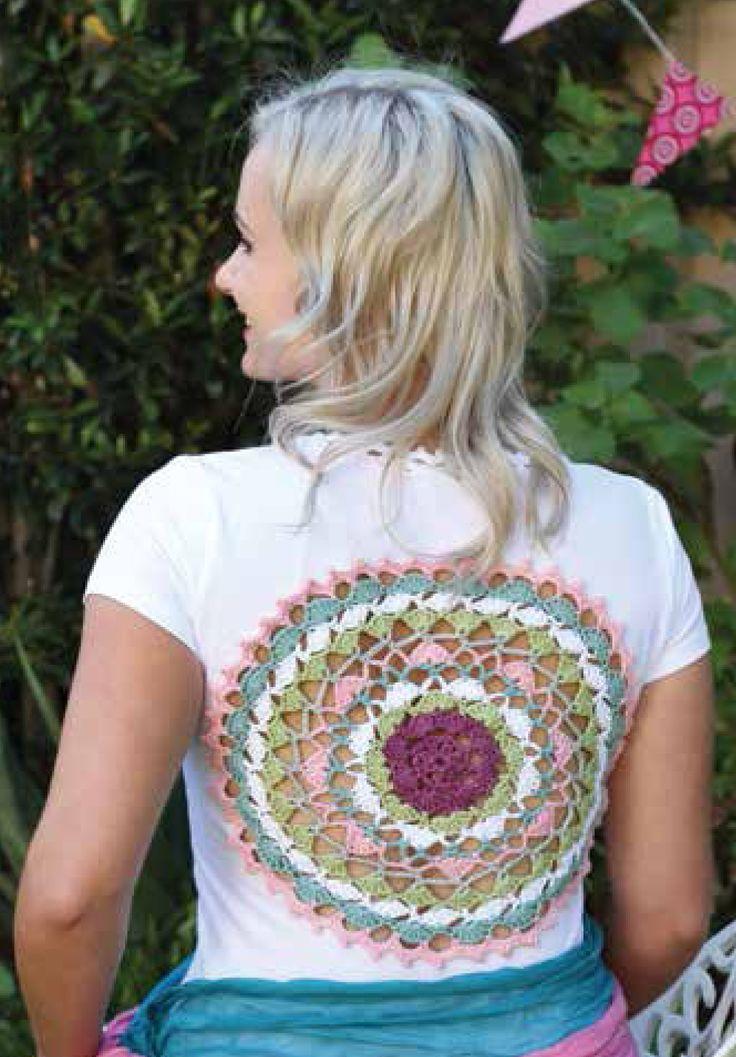 Crochet Mandala for T-shirt, 1 January 2016, Vrouekeur magazine