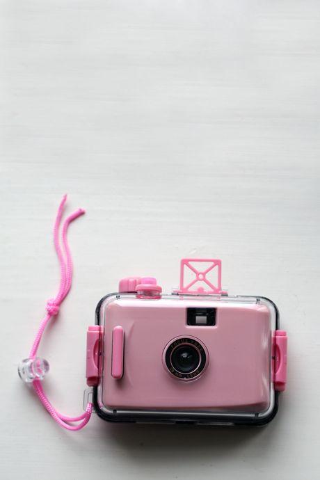 Plastic Cameras - light pink underwater -filmikamera