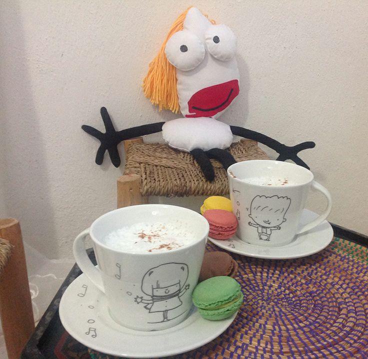 Tazas para desayunar de porcelana con diseño de Midibu4U. #Regalos #Porcelana #Creatividad #Midibu4U.