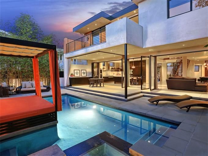 Contemporary pool with private cabana newport beach ca hom sotheby 39 s international realty for California private swimming pool code