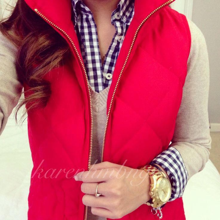 grey sweater, patterned buttoned shirt, gold jewerly