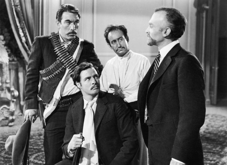 """Una scena del film """"Viva Zapata!"""" la cui sceneggiatura viene scritta da John Steinbeck (1952). La trama è ispirata alla biografia di rivoluzionario messicano Emiliano Zapata, difensore dei diritti degli oppressi."""