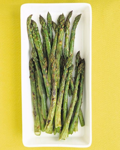 Basic temp & instructions for cooking asparagus in the oven.