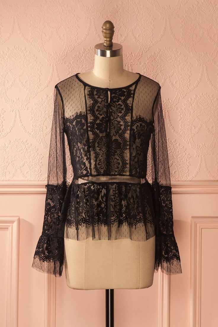 Corentine - Black long sleeved lace top