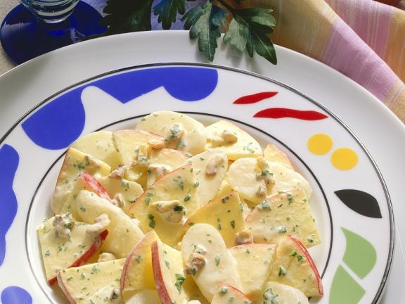 Apfel-Rettichsalat mit Joghurtdressing ist ein Rezept mit frischen Zutaten aus der Kategorie Dressing. Probieren Sie dieses und weitere Rezepte von EAT SMARTER!