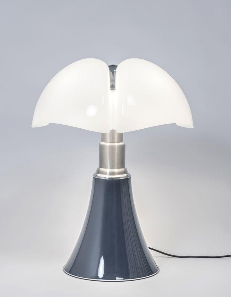 les 25 meilleures id es de la cat gorie lampe pipistrello sur pinterest lampes modernes mid. Black Bedroom Furniture Sets. Home Design Ideas