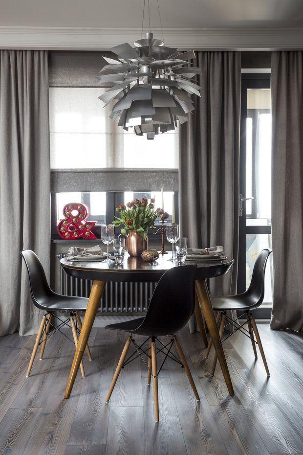 Нейтральная палитра с яркими акцентами, мебель по уникальному дизайну и винтажный декор – дизайнер Женя Жданова превратила открытое пространство в стильную квартиру для современной девушки