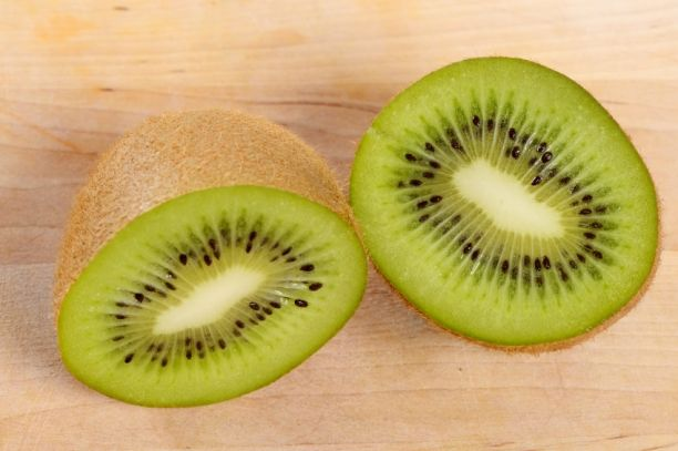 Energy Booster #5: Kiwi ~~  Not only does it have twice the potassium of a banana and twice the vitamin C of an orange, a kiwi also has 2.5 grams of fiber, which keeps you full and prevents energy lows when you're hungry. The simple sugars will quickly give you a rush of energy, and the fiber will keep you satiated.