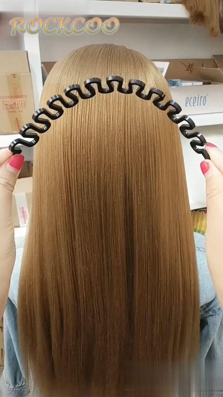 Hairdressing Weaving Artifact