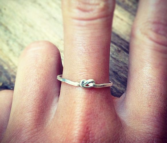 """Sterling Silver Knot Ring Uncovet How cute would this be as an ingagment ring?! :D or a promise ring!! """"i promise to tie the knot with you!"""" awwwww<3♥♡"""