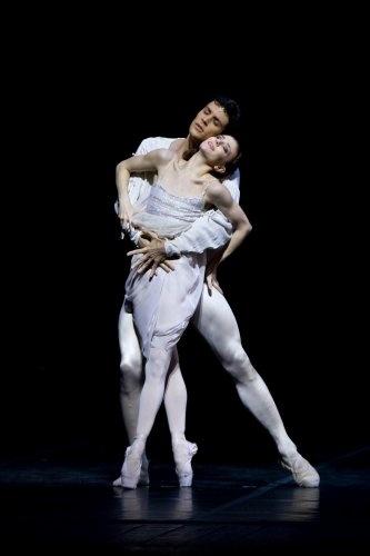 Roberto Bolle Official Site   Roberto bolle, Ballet boys