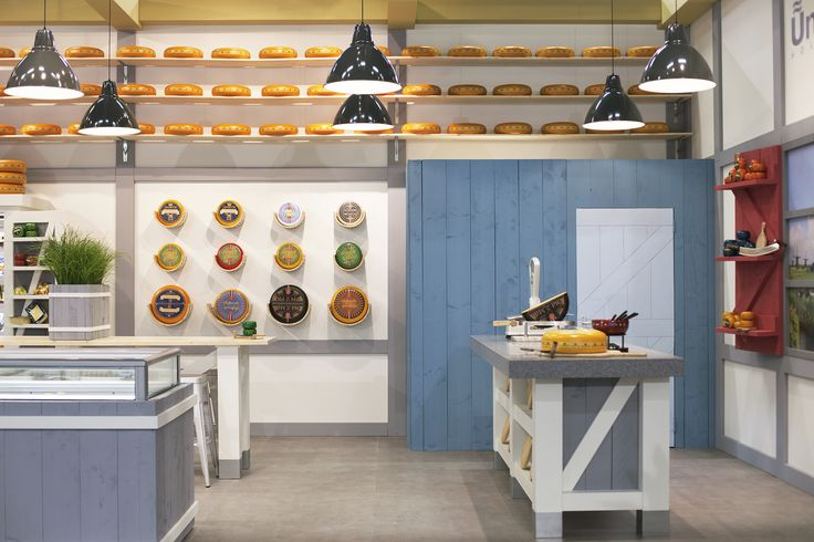 ©studiomfd, side view, cheese store, cheese stand, Dutch (www.studiomfd.com)