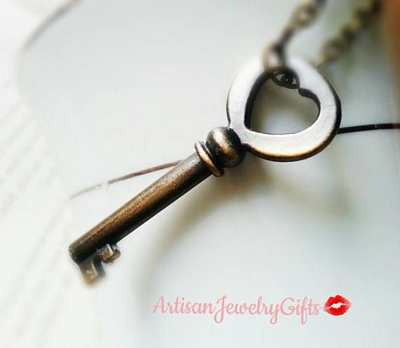 Skeleton heart key necklace