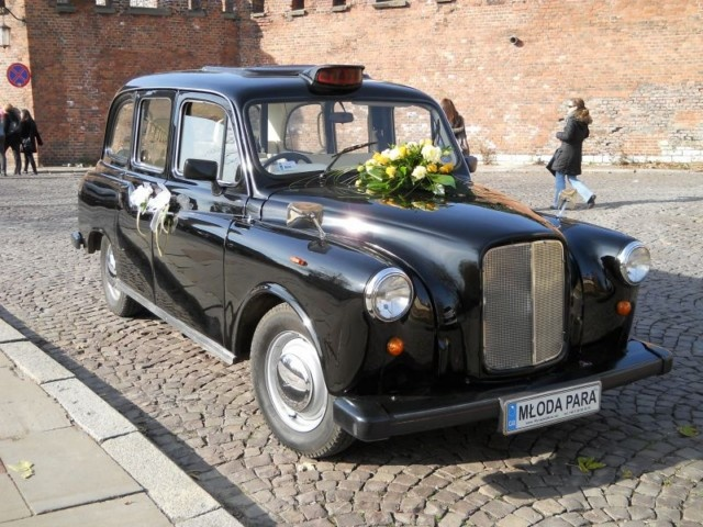 London taxi for my wedding