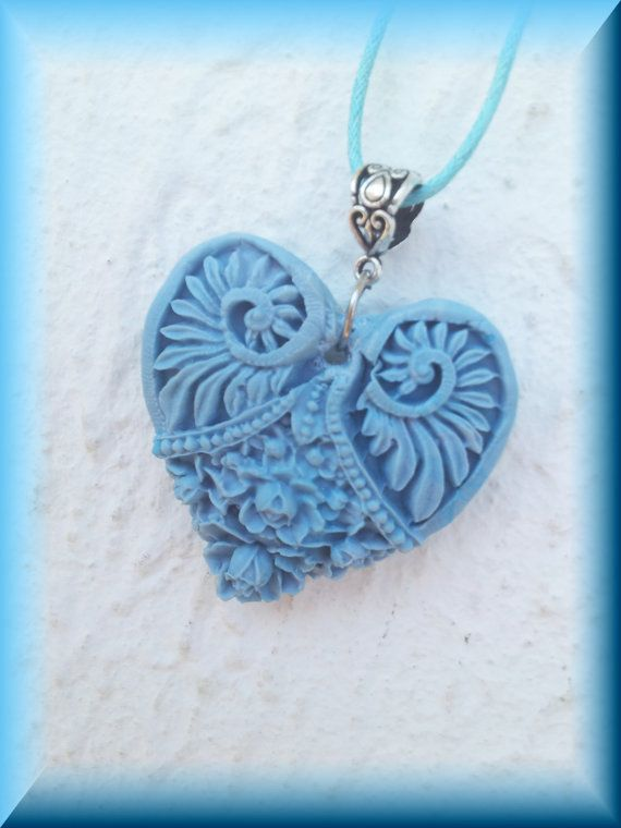 ANCIENT HEART NECKLACE