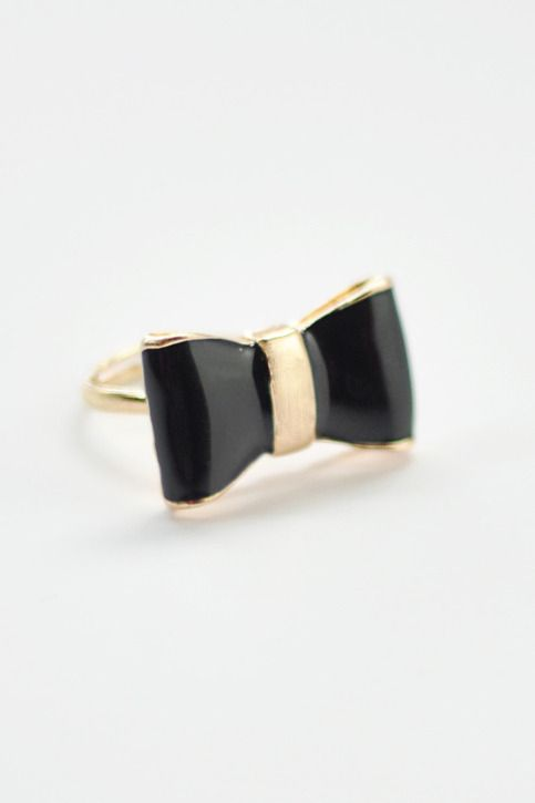 Edgy Bow Ring