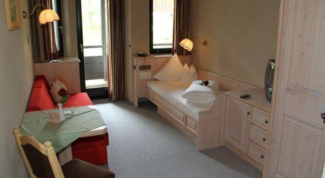 Hotel Almhof - 4 Star #Hotel - $81 - #Hotels #Austria #Galtür http://www.justigo.com.au/hotels/austria/galtur/almhof-galta1-4r_40719.html