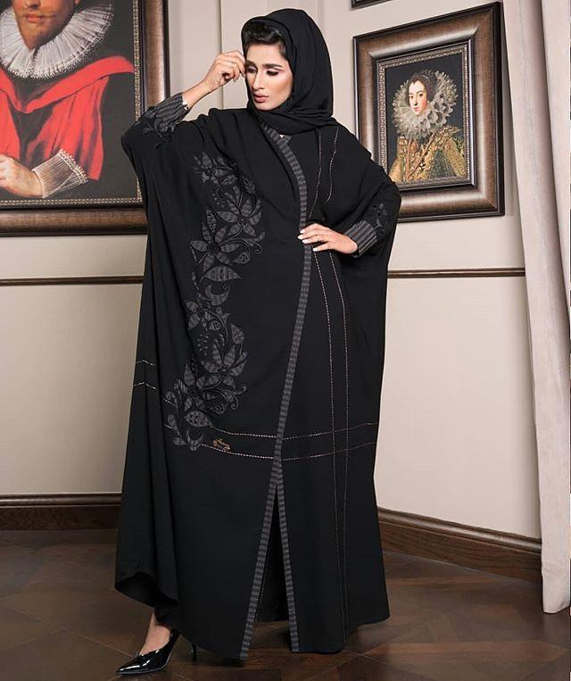 Repost Pretteny New Design Abayas Abaya Abayat Mydubai Dubai Subhanabayas Gaya Abaya Desain Abaya Model Pakaian