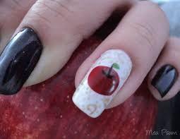 Resultado de imagem para unhas decoradas de maçã
