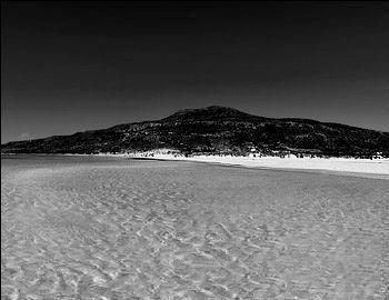 """""""Αστέρια στο Αιγαίο"""" Στα ελληνικά νησιά, το καλοκαίρι είναι μοναδικό και δεν έχει ανάλογο του σε άλλο μέρος. Εικόνες όπως αυτές από την Ελαφόνησο σε «γεμίζουν» ενέργεια και θετικά συναισθήματα απέναντι στα πράγματα και τη ζωή. http://www.mancode.gr/articles/2015/7/16/asteria-sto-aigaio/"""