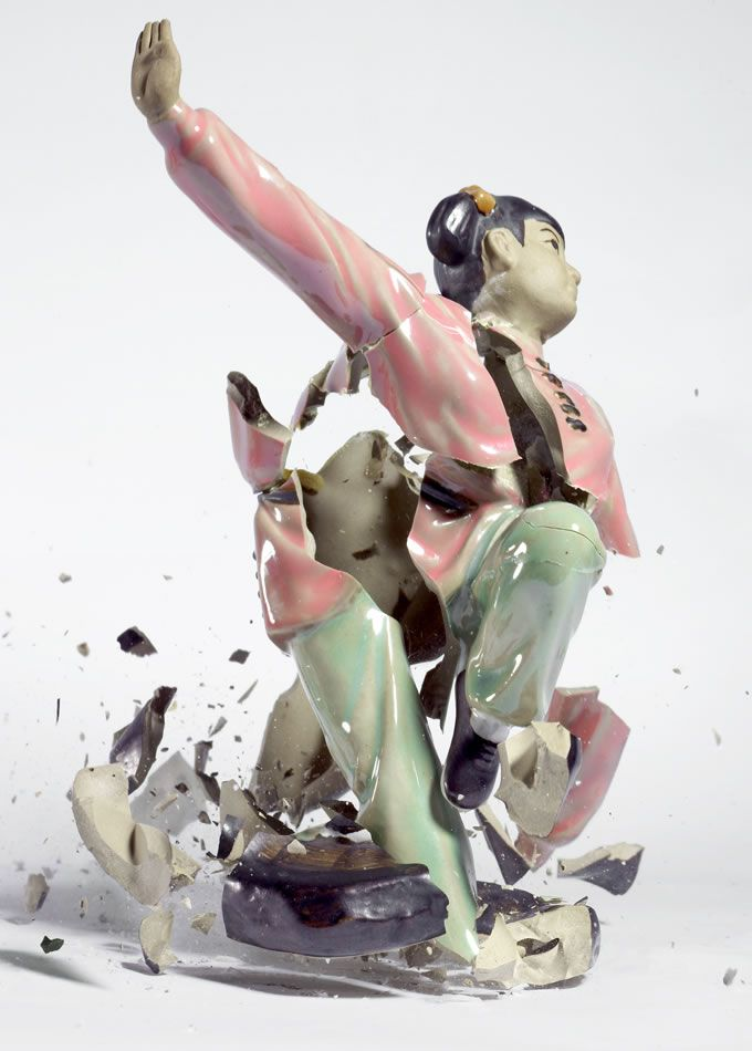 Bringing Ceramic Sculptures to Life by Smashing Them to Pieces | The destroyed figures seem to come to life with a new kinetic energy as they break apart. Martin Klimas | WIRED.com