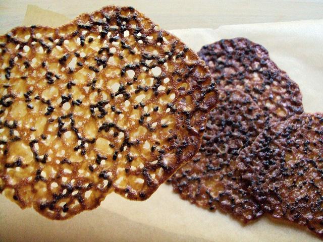 black sesame lace cookies: Black Sesame, Lace Cookies, Sesame Fusion, Secret Boards, Sesame Lace