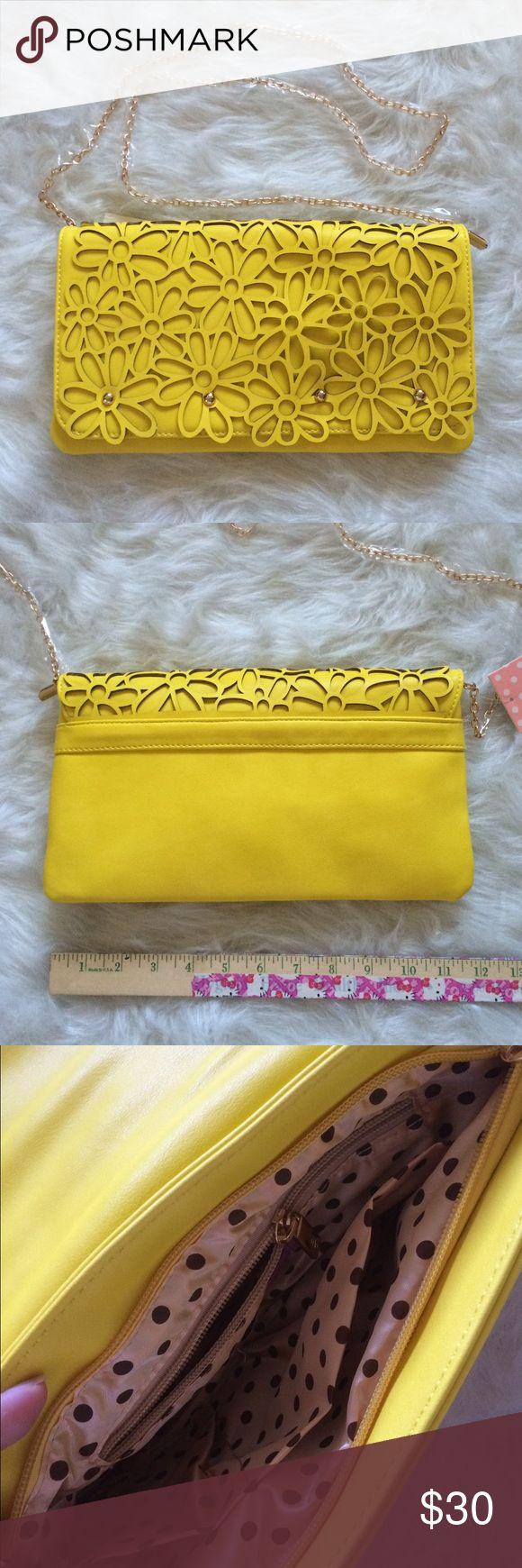 Melie Bianco Purse NWT. Can be a clutch or shoulder bag. Faux leather. Has detachable gold colored chain strap. Magnetic closure. Offers and questions are welcome. No trades. Melie Bianco Bags