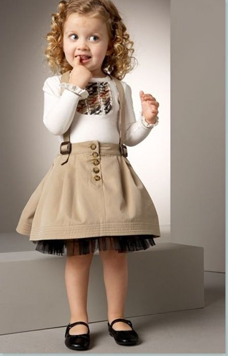 Little girls outfit by Burberry has a definite Victorian kind of Steampunkish look.