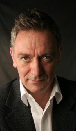 Michel Marc Bouchard. Attore e drammaturgo nato in Quebec nel 1958. Le sue pieces: http://www.michelmarcbouchard.com/pieces.html