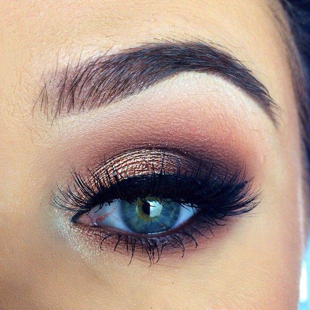 Smokey eye, Browns and golds