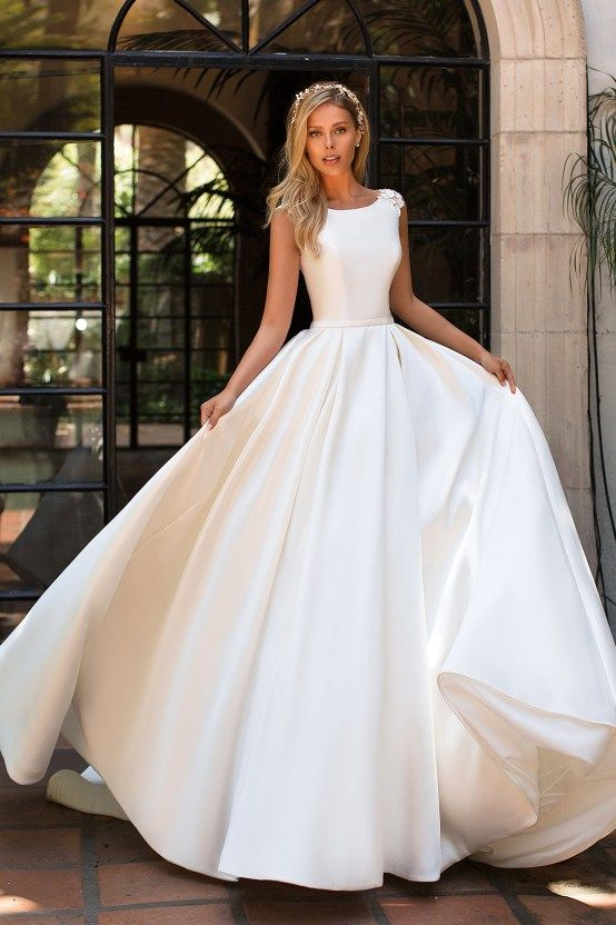 46d9663f618 6 Modern Wedding Dress Trends You Will Love – Moonlight Collection - clean  and sophisticated silk boatneck wedding dress ballgown