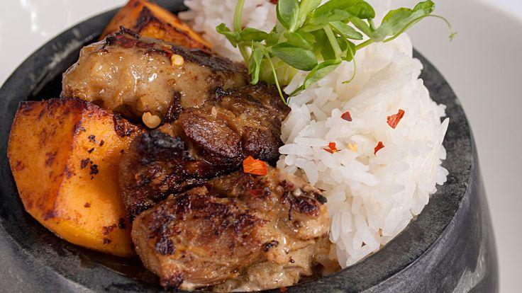 Persian-Inspired Curry (Gaeng Massman Gae)