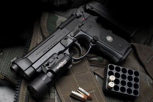 Wilson Combat Custom Beretta 92fs M9 With Surefire X300