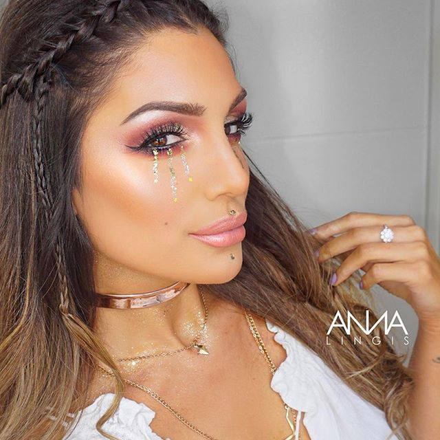 "I created this pretty festival look on my beautiful friend @katerina_themis   We will be creating a series of creative looks starting with this recreation of @bybrookelle - who is an absolute sort    @ofracosmetics highlight palette from @gemwrightbeauty -   OFRA PROFESSIONAL MAKEUP PALETTE - ON THE GLOW -  ☆Use code ""Pinner"" for 30% OFF your purchase☆https://www.ofracosmetics.com/products/ofra-professional-makeup-palette-on-the-glow"