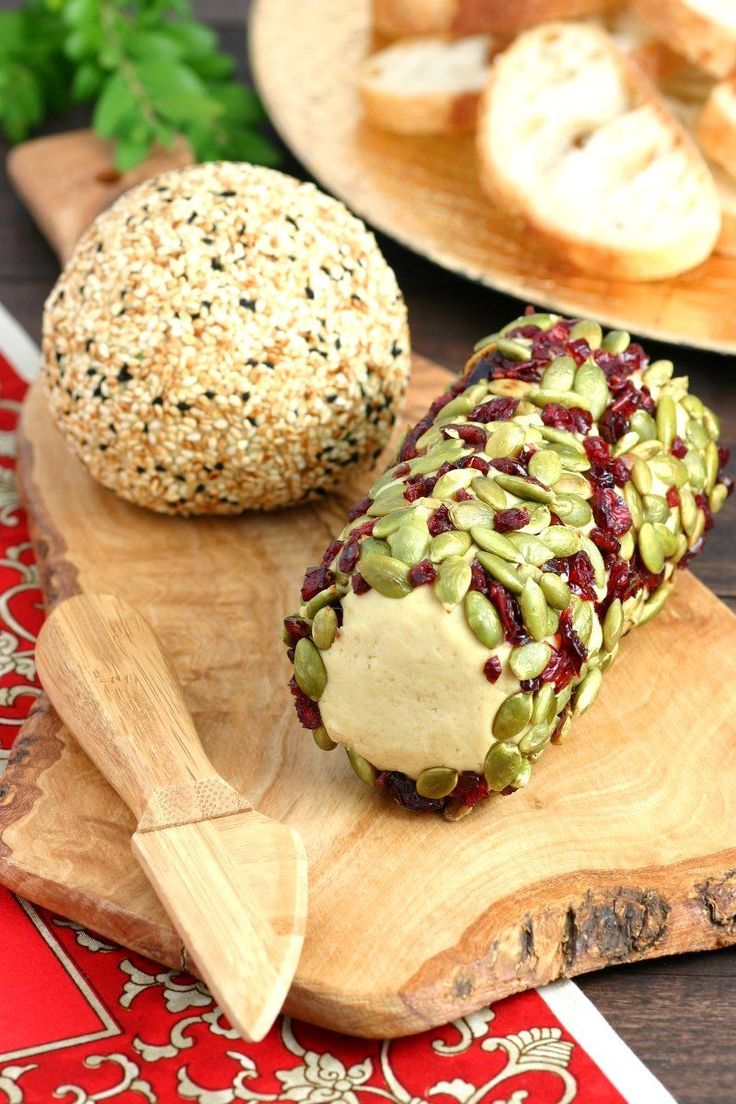 Cheese lovers rejoice  This Sharp Vegan Nut Cheese satisfies your cheesy cravings with its tangy and nutty flavor  It can even be formed