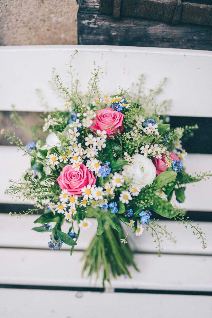 Tina & Miro: In zwei Wochen zur entspannten Traumhochzeit KREATIV WEDDING http://www.hochzeitswahn.de/inspirationen/tina-miro-in-zwei-wochen-zur-entspannten-traumhochzeit/ #wedding #inspiration #flowers