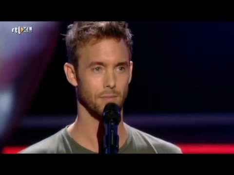 The Voice of Holland | Charlie Luske - It's A Men's World (Auditions)