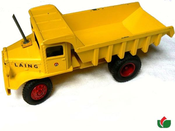 Early Lesney Toy. - the fabled large size Dump truck that was to follow the Massey tractor but never made it. Only one known to exist. Euclid Quarry Truck overall length Lesney Proposed year of release: 1955 Size: 27.5 cm x 9.5 cm wide and 6 cm high