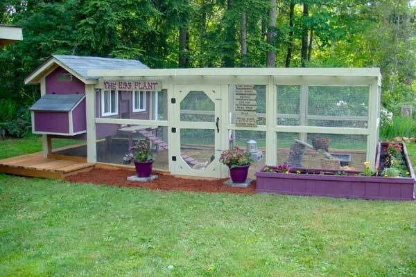 I love this chicken coop and run would like something similar but painted different colours to go with our country house