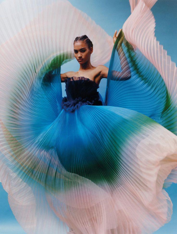 Néo-Couture Publication: Numéro #191 March 2018 Model: Anyelina Chez Photographer: Markn Fashion Editor: Irina Marie Hair: Gilles Degivry Make Up: Lloyd Simmonds PART I