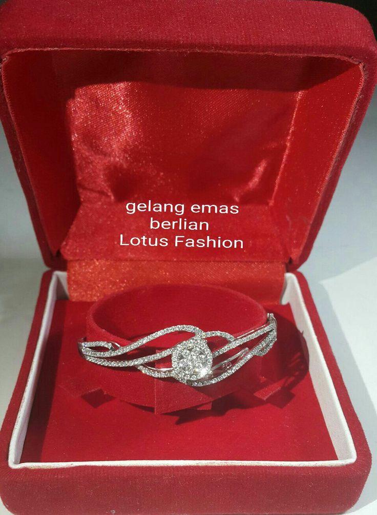 New. Buat apa repot macet2an klu kamu dimanjakan langsung dilayani antar langsung ke tempatmu ladies!! (Same like pic).  Gelang Emas Berlian Lotus Fashion.   Toko Perhiasan Emas Berlian-Ammad +6282113309088/5C50359F Cp.Antrika. https://m.facebook.com/home.php #investasi#diomond#gold#beauty#fashion#elegant#musthave#tokoperhiasanemasberlian