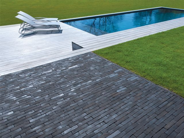 Vande Moortel Clay pavers Septima Amarant | Shaping Places with Clay ...