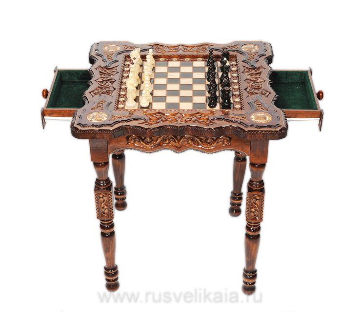 Купить Подарки для украшения интерьера - Шахматный стол с янтарными фигурами (арт. 0010413) в магазине подарков Русь Великая, фотография 1.