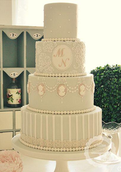 Diese Torte finde ich am schönsten, wenn noch die Farben etwas anders wären ;o)  Wedding Cakes   Cotton and Crumbs