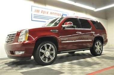 Used 2010 Cadillac Escalade Premium - Clinton MO - Jim Falk Motors