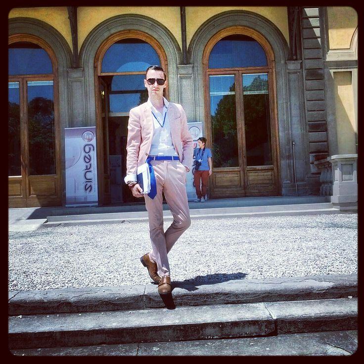 Gabriel Bespoke pale pink suit at Pitti Uomo 84!